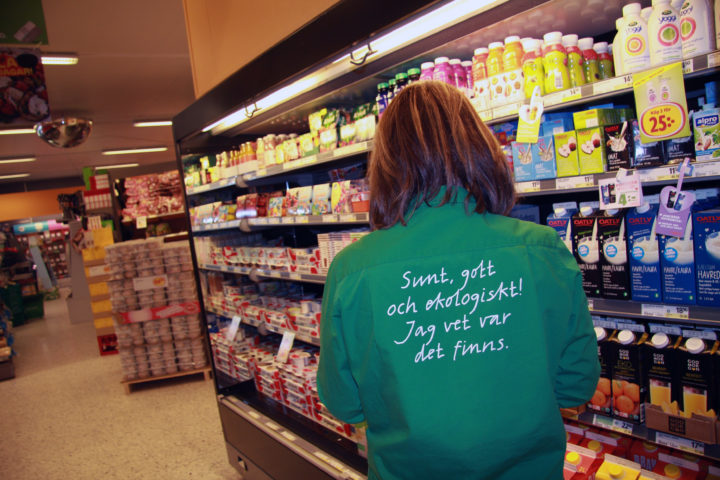 In the neighbour country Sweden, where this photo is taken, the offer of organic products in  food shops is much broader, and the organic consumption  much higher, than in Norway. (Photo: Anita Land)