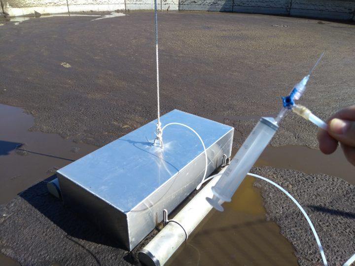 Utstyret som brukes for å ta gassprøver fra gjødselkummer.  (Foto: Martha Ebbesvik)