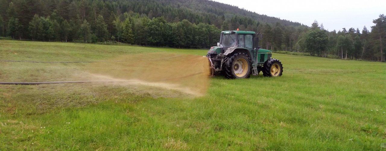 I biogassproduksjon blir det laget energi av møkka før den spres (Foto: Rose Bergslid)